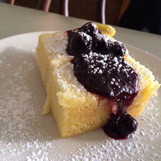 Strand - lemon dessert